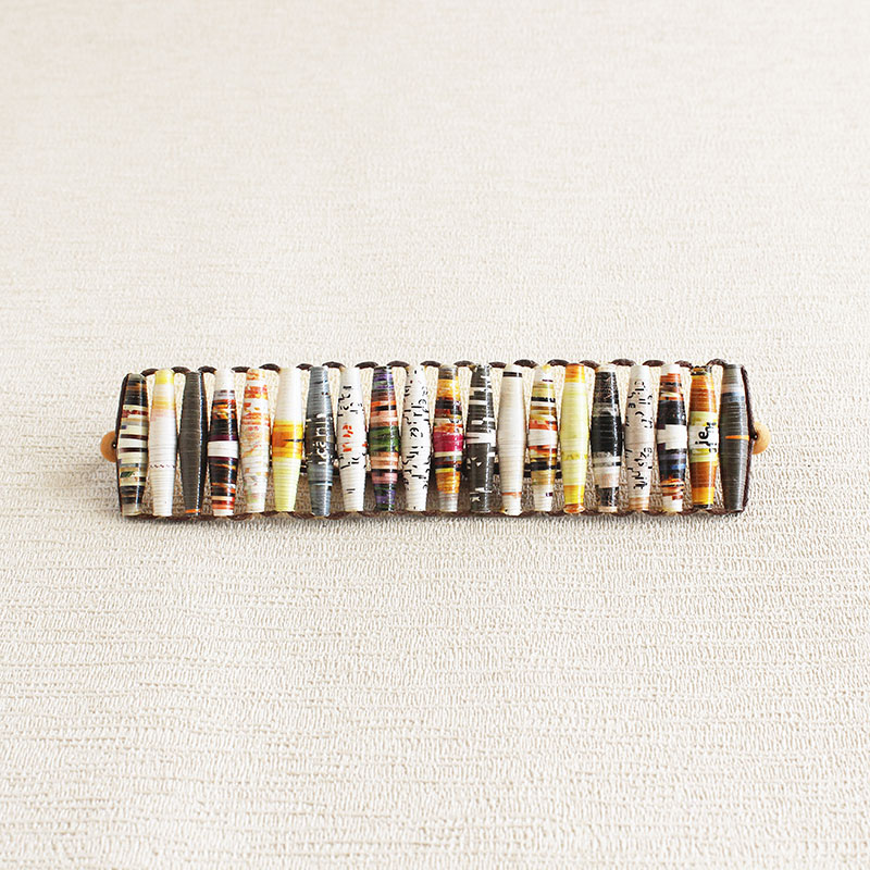 Uncommon Jewelry from paper beads