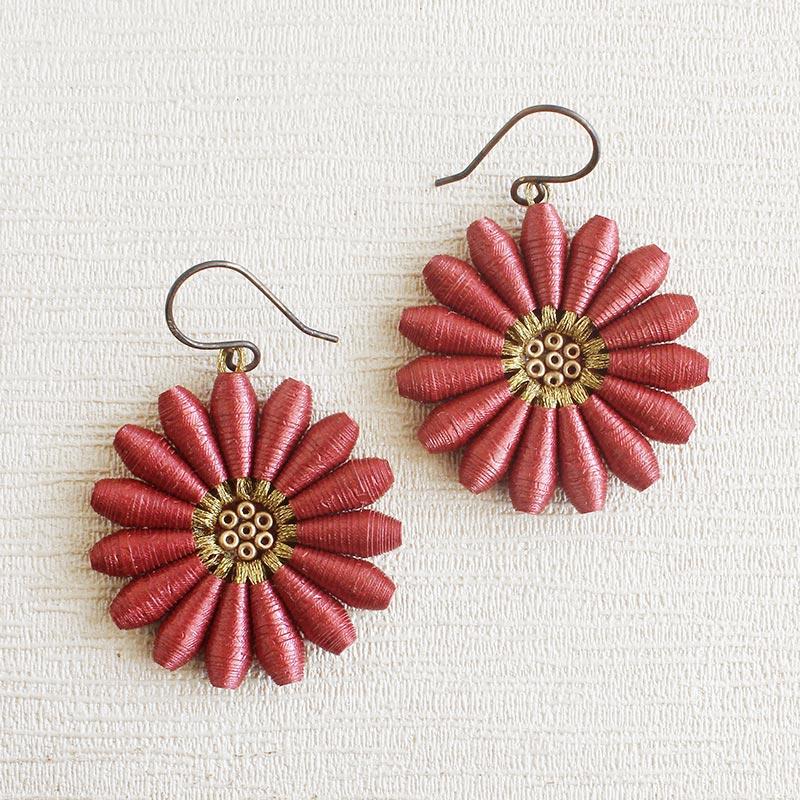 Big daisy Flower Dangle earrings