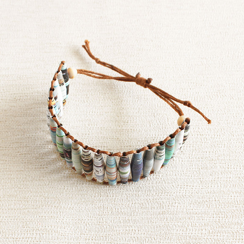 adjustable bracelet made from magazine paper beads
