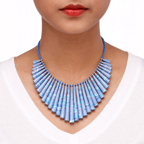 Summer necklace with fringes