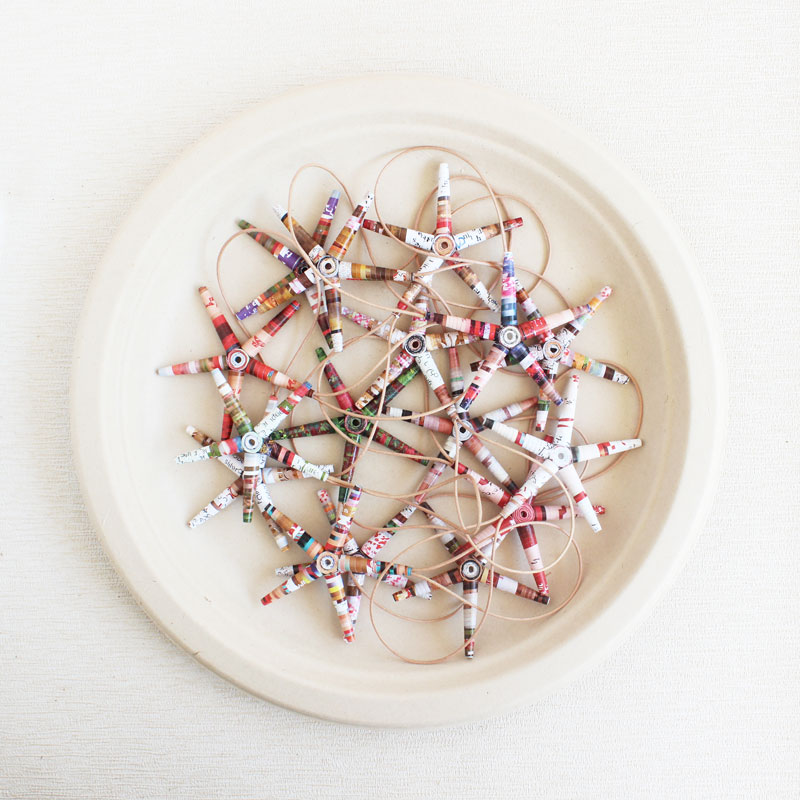 classic eco-friendly ornaments for christmas tree
