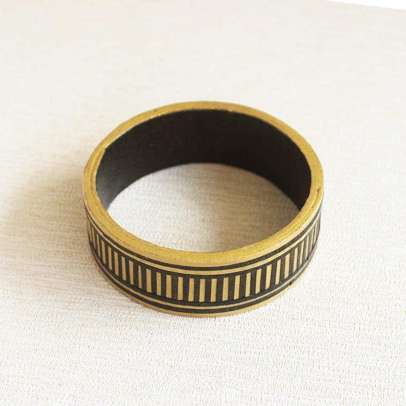 modern Indian bangle bracelet black and gold